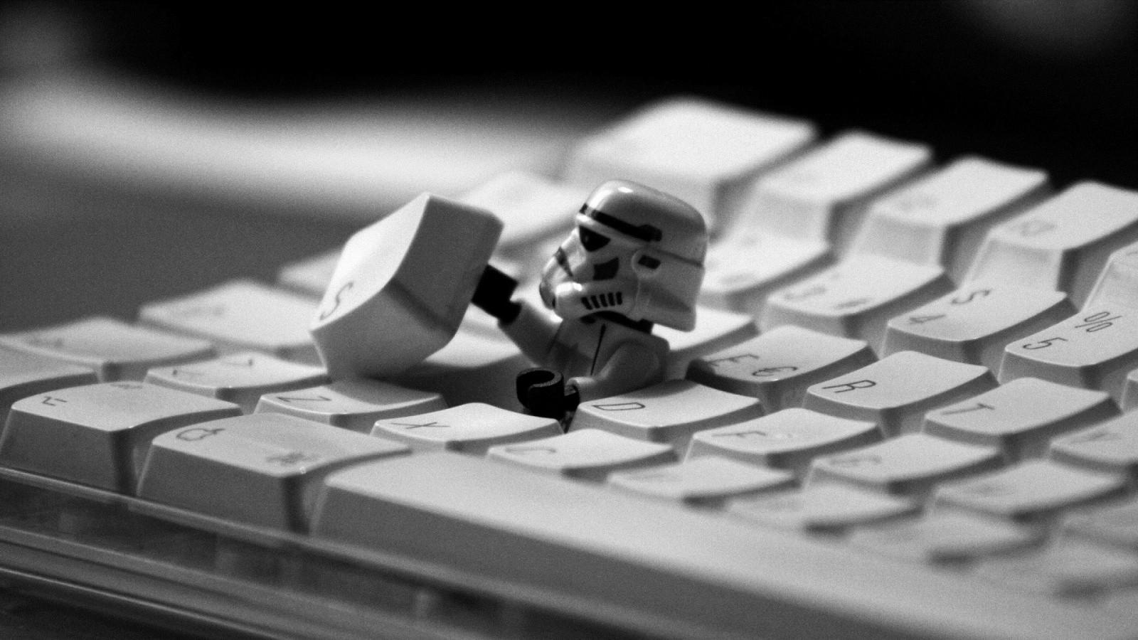 1920x1080_px_Keyboards_Lego_LEGO_Star_Wars_Star_Wars_stormtrooper-786442.jpg!d